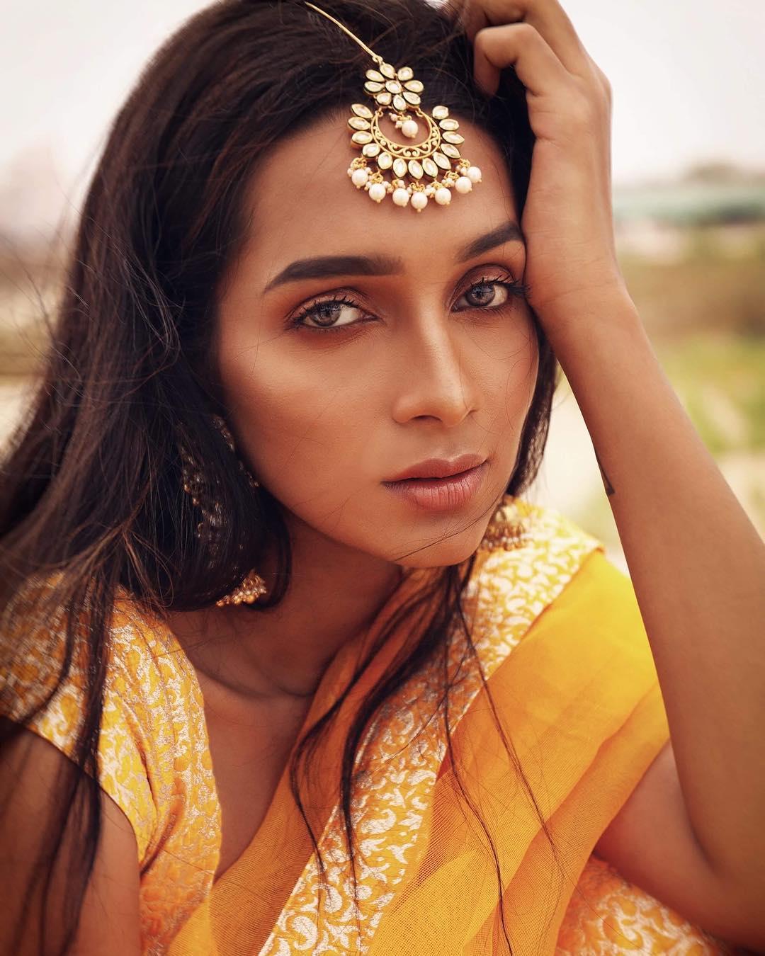 தனுஷிற்கு கொக்கி போடும் நடிகை  சிக்குவாரா சுள்ளான்...?
