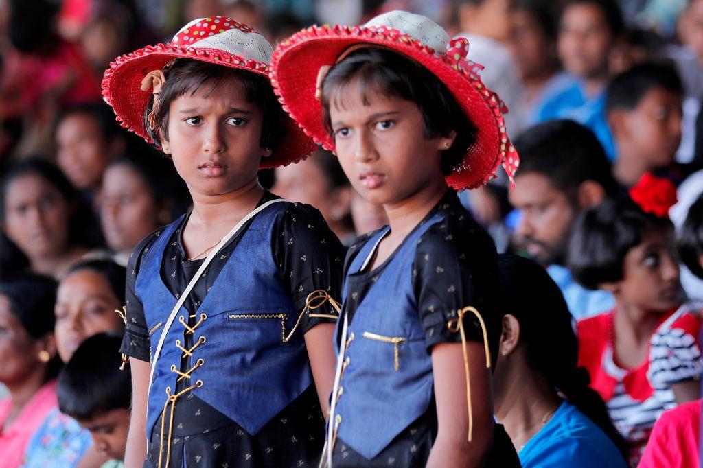 http://gossip.sooriyanfm.lk/data/gossip_images/v2imgpath/2020Jan/22/sri-lanka-67.jpg