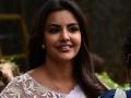 புடவையில் ஜொலிக்கும்  பிரியா  ஆனந்த் -Priya Anand