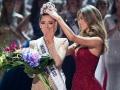 பிரபஞ்ச அழகி தென்னாபிரிக்காவின் டெமி-லே-நெல்-பீட்டர்ஸ் Miss South Africa Demi-Leigh Nel-Peters Crowned Miss Universe 2017