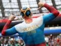 உலகக்கிண்ண கால்பந்து 2018 ரஷ்யாவில் கோலாகல கலைநிகழ்ச்சியுடன் தொடங்கியது.